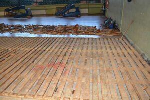 Ξεκίνησε η αντικατάσταση του παρκέ στο Κλειστό της Παναγούλας