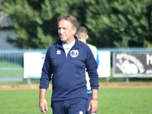 """Γιώργος Τυριακίδης προπονητής Αλμωπού: """" Είχαμε μια καταπληκτική ομάδα με πίστη και  βαριά φανέλα."""""""