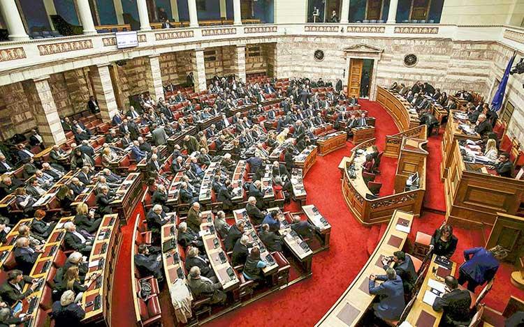 Σύζητηση αθλητικού νομοσχεδίου: Μεθόδευση Αυγενάκη για τις εκλογές της ΕΠΟ – Έκκληση για αναδιάρθρωση στην FL