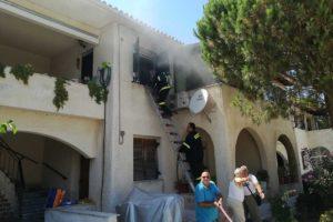 Πυρκαγιά σε σπίτι στις παλιές εργατικές κατοικίες…